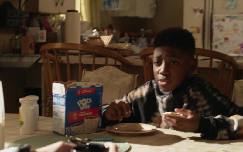 Pop-Tarts Toaster Pastries in Shameless S11E09 TV Show (2)