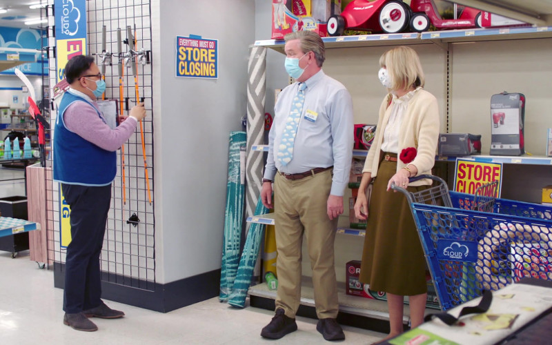 Radio Flyer in Superstore S06E15 All Sales Final (2021)