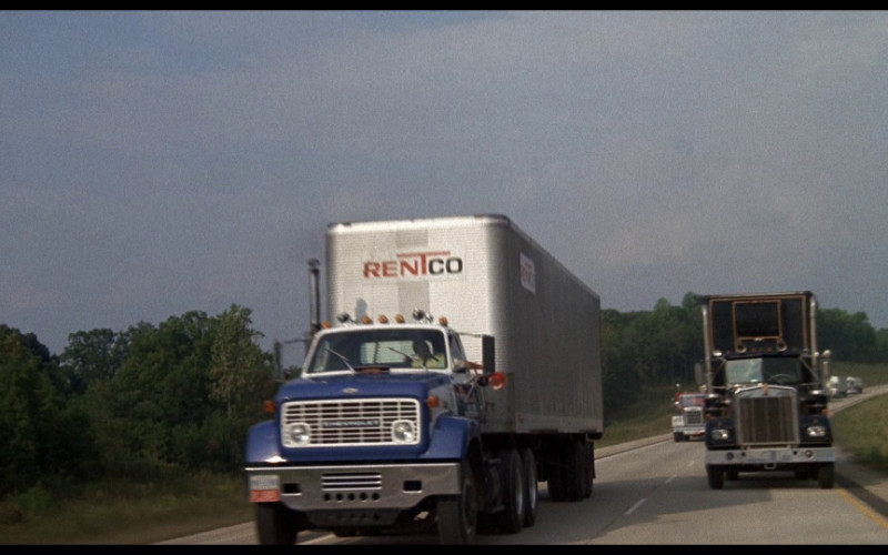 Rentco Truck (Leasing Of Commercial Semi-Trailers) in Smokey and the Bandit (1977)