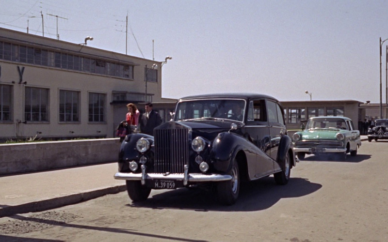 Rolls-Royce Silver Wraith Car in From Russia with Love (1963)