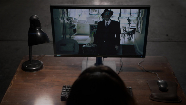 Samsung Computer Monitor in The Blacklist S08E09 (1)