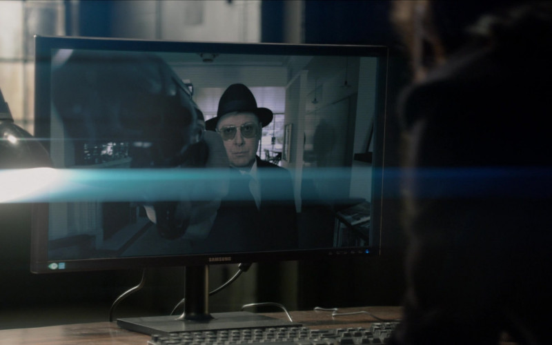 Samsung Computer Monitor in The Blacklist S08E09 (2)