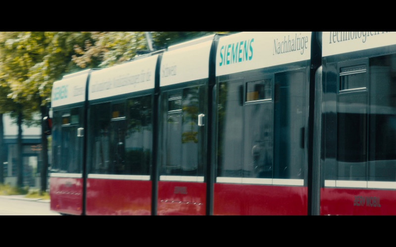 Siemens Ad in Our Kind of Traitor (1)
