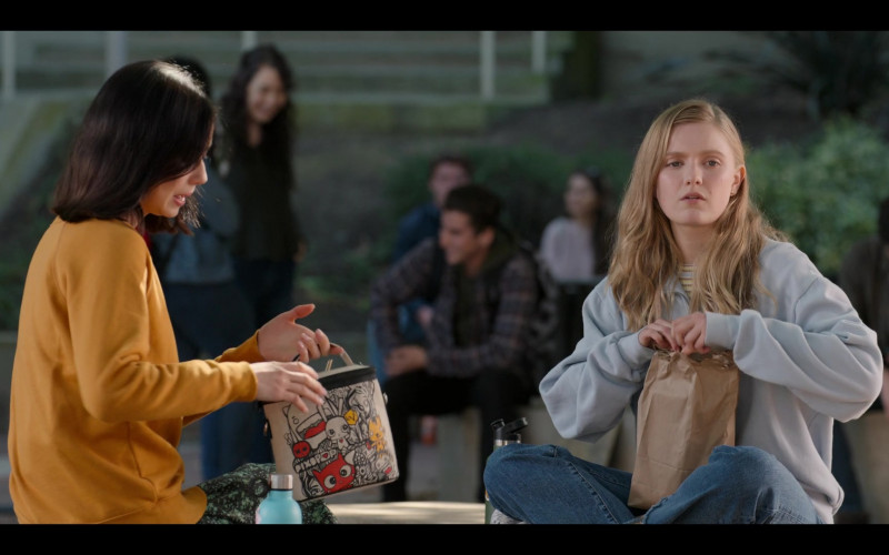 SoYoung Small Cooler Bag (PIXOPOP x Sabet x SoYoung) of Lauren Tsai as Claudia in Moxie (2021)