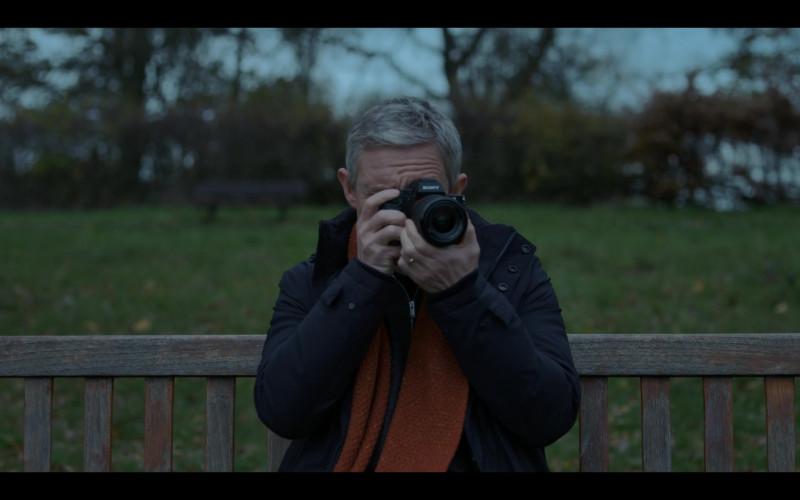 Sony Photography Camera of Martin Freeman as Paul Worsley in Breeders S02E01 TV Show (2)