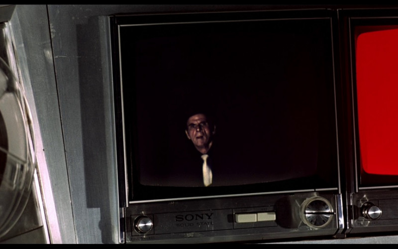 Sony Solid State tv in The Man with the Golden Gun (1974)