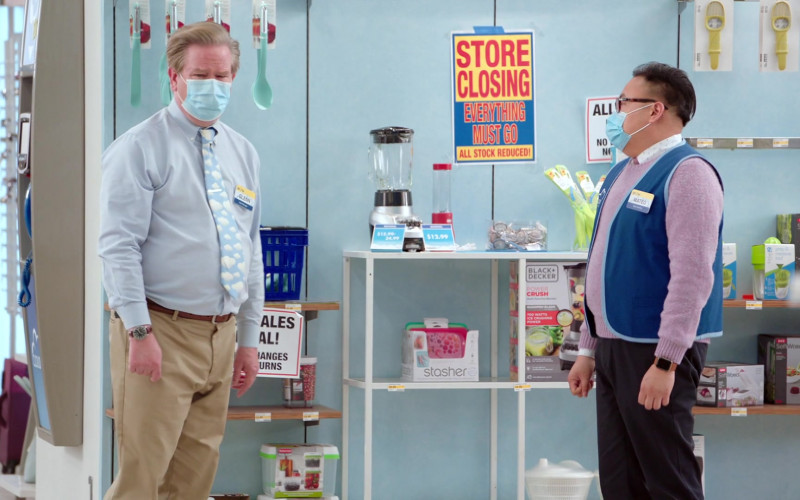Stasher Reusable Silicone Bags and Black + Decker Blender in Superstore S06E15 TV Show (1)