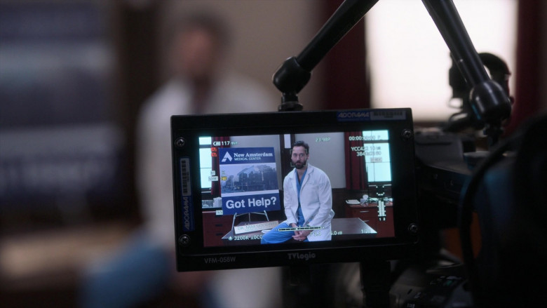 TVLogic VFM-058W 5.5 Full HD On-Camera Viewfinder-Monitor in New Amsterdam S03E03 Safe Enough (2021)
