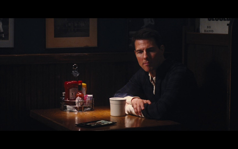 Tabasco Sauce in Jack Reacher (2012)