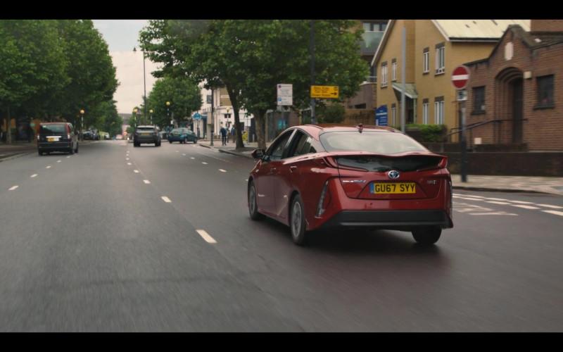 Toyota Prius Red Car in Breeders S02E01 TV Show (1)