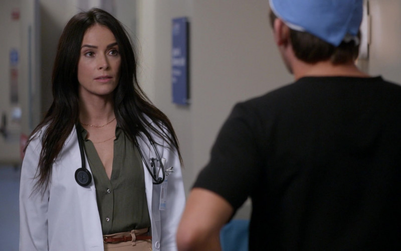 3M Littmann Stethoscope in Rebel S01E02 Patient X (2021)