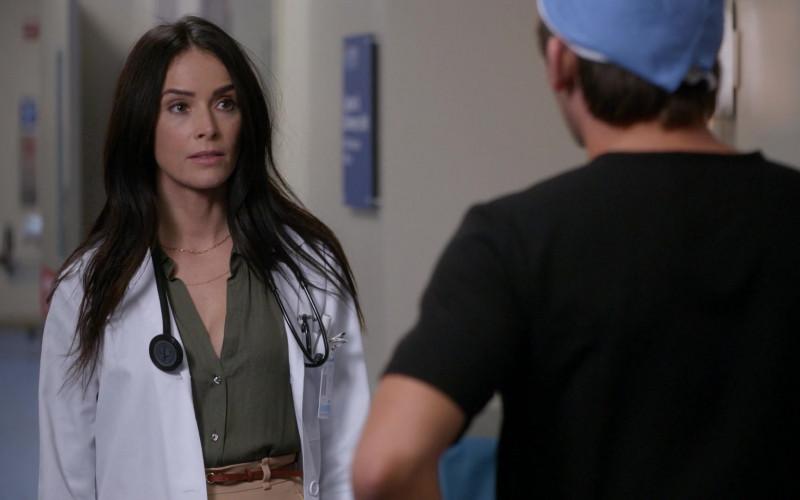 3M Littmann Stethoscope in Rebel S01E02 Patient X (2021)