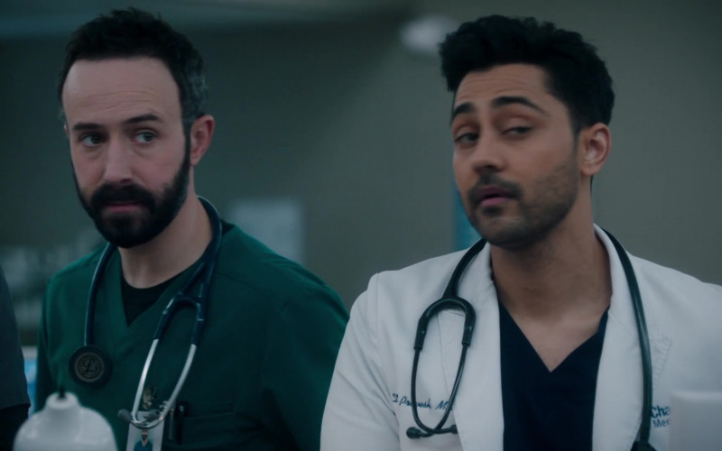 3M Littmann Stethoscope in The Resident S04E10 Into the Unknown (2021)