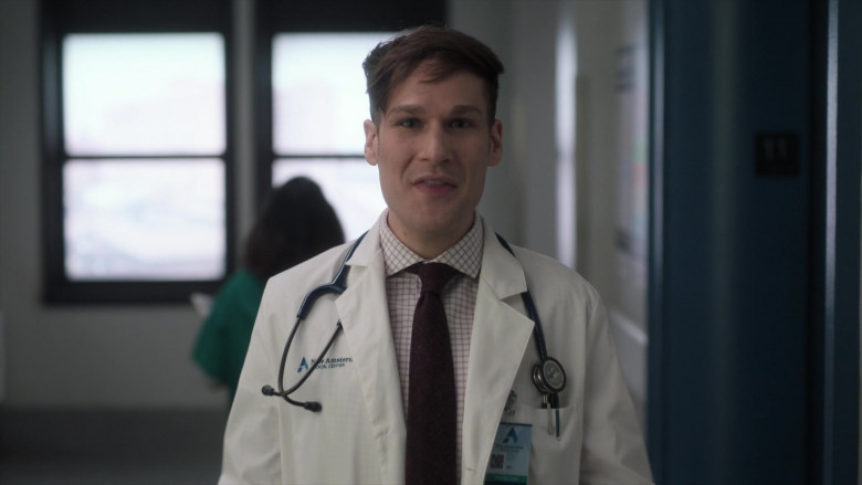 3M Littmann Stethoscopes Used by Doctors in New Amsterdam S03E06 TV Show (2)