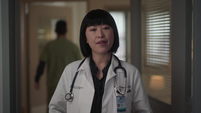 3M Littmann Stethoscopes Used by Doctors in New Amsterdam S03E06 TV Show (4)