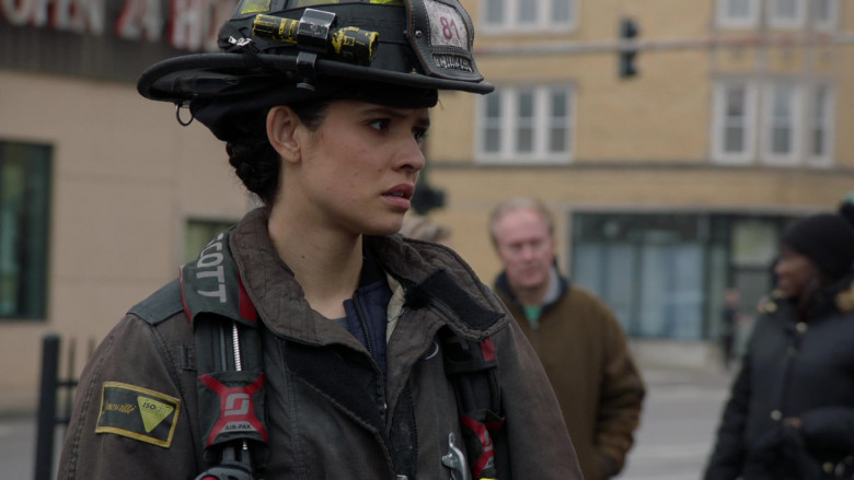 3M Scott Air-Pak SCBA Used by Firefighters in Chicago Fire S09E10 TV Show 2021 (4)