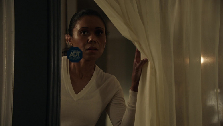 ADT Security in The Rookie S03E11 (1)