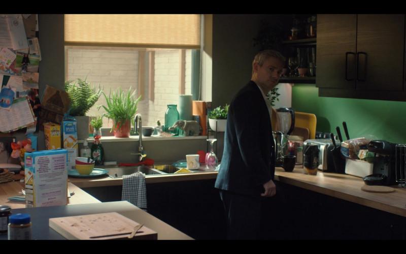 ASDA Breakfast Cereals, Fairy Dish Washing Liquid, L'OR Espresso in Breeders S02E07 No Excuses (2021)