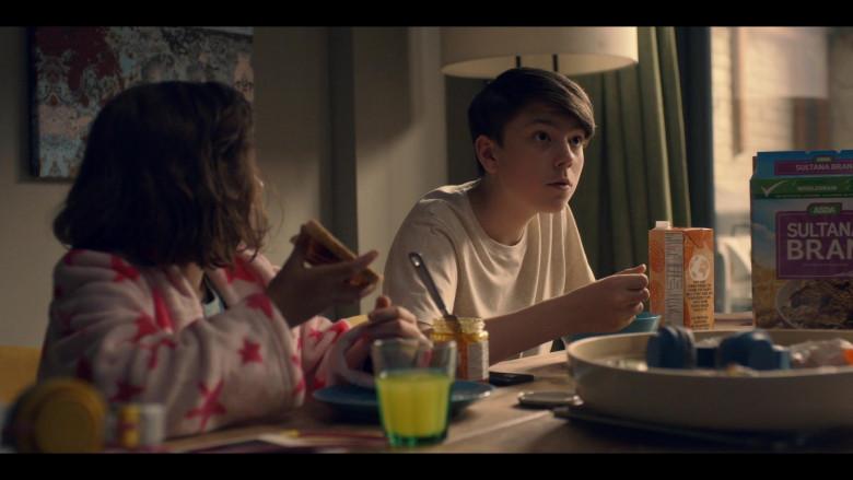 ASDA Sultana Bran Cereal in Breeders S02E04 No Faith (2021)