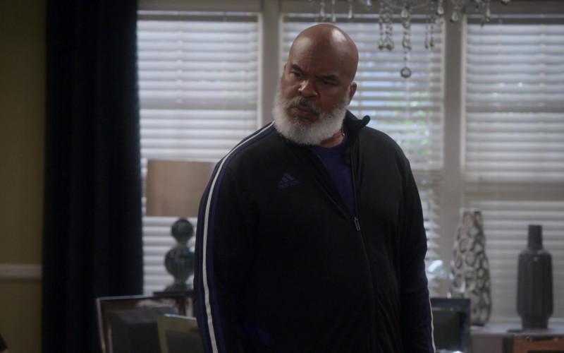 Adidas Track Jacket of David Alan Grier as Pops Dixon in Dad Stop Embarrassing Me! S01E07 #RichDadWokeDad (2021)