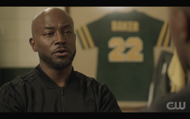 Adidas Track Jacket of Taye Diggs as Billy Baker in All American S03E10 (1)
