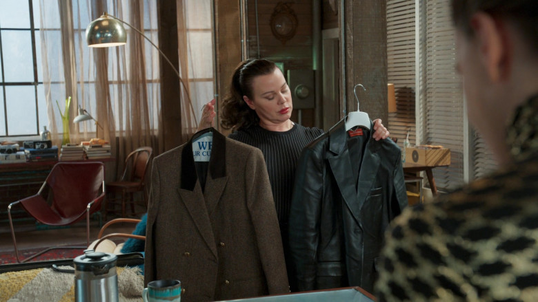 Altuzarra Leather Coat of Debi Mazar as Maggie Amato in Younger S07E06 (1)