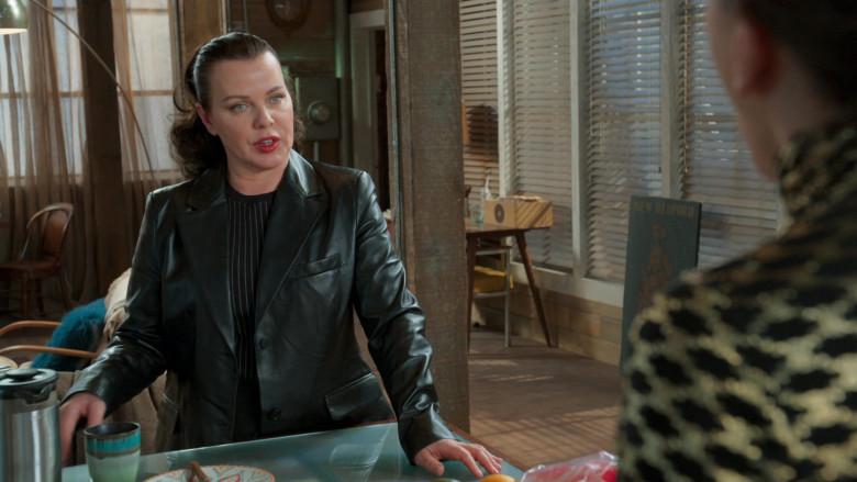 Altuzarra Leather Coat of Debi Mazar as Maggie Amato in Younger S07E06 (2)