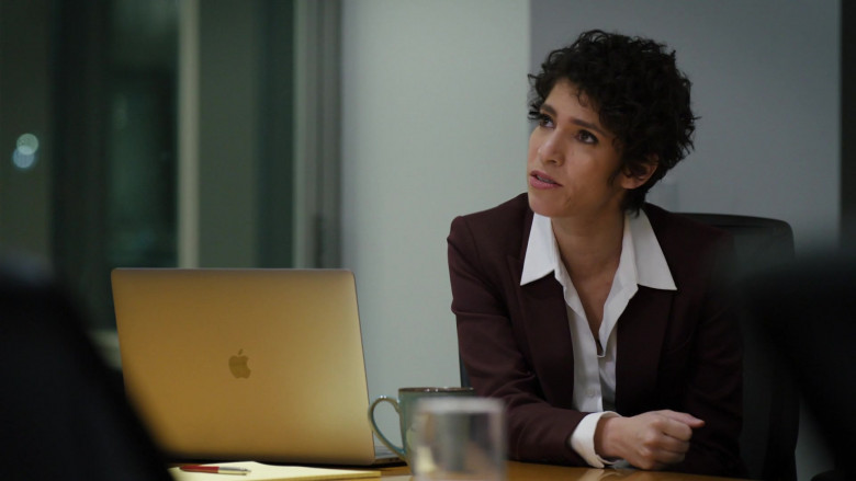 Apple MacBook Laptop of Diany Rodriguez as ADA Maria Delgado in Law & Order Organized Crime S01E01 TV Show