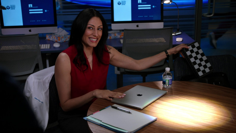 Apple MacBook Laptops in Chicago Med S06E11 TV Show 2021 (4)