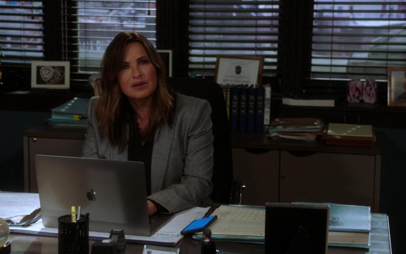 Apple MacBook Pro Laptop Used by Mariska Hargitay as Captain Olivia Benson in Law & Order Special Victims Unit S22E11