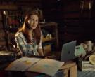 Apple MacBook Pro Laptop in Wynonna Earp S04E12 Old Souls ...