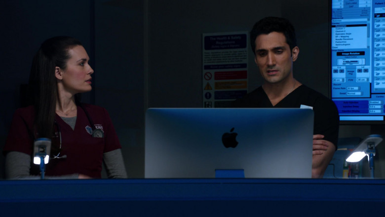 Apple iMac Computers in Chicago Med S06E11 (3)