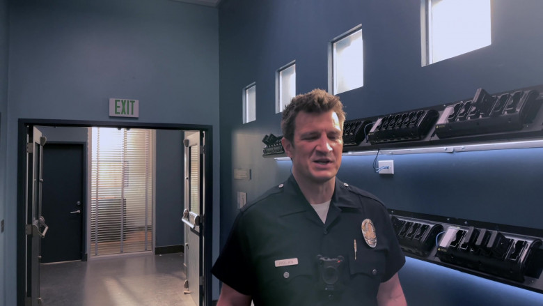 Axon Bodycams Used by Police Officers in The Rookie S03E09 TV Show (2)