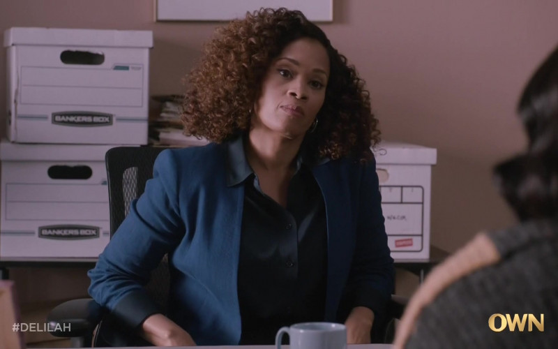 Bankers Boxes in Delilah S01E07 Purple Empress (2021)