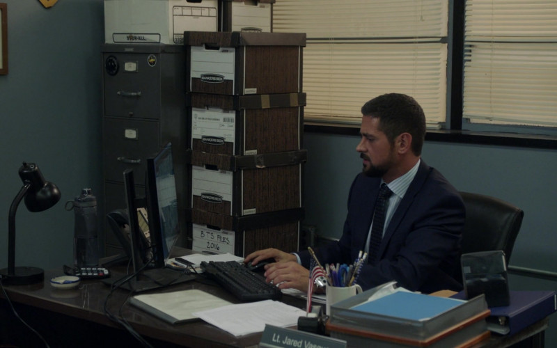Bankers Boxes in Manifest S03E04 Tailspin (2021)