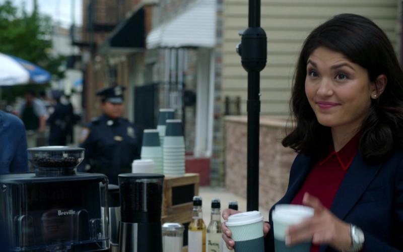 Breville Coffee Machine in Manifest S03E04 (2)