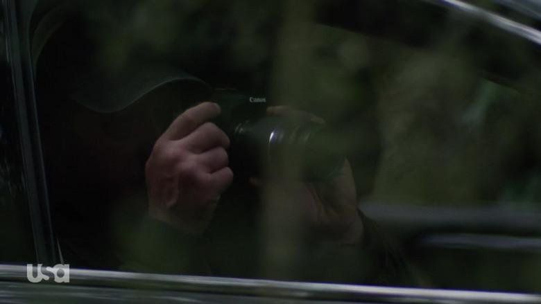 Canon Camera in Queen of the South S05E04 La Situacion (2021)