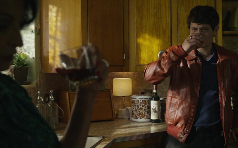 Castello di Gabbiano Chianti Classico Wine in Godfather of Harlem S02E01 The French Connection (2021)