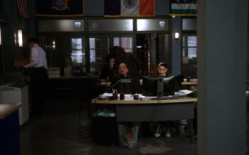 Cheetos Snack in the Bin in Law & Order Special Victims Unit S22E11 Our Words Will Not Be Heard (2021)