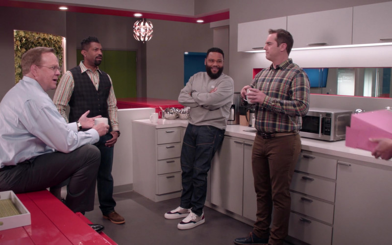 Christian Louboutin Happyrui Sneakers of Anthony Anderson as Andre 'Dre' Johnson in Black-ish S07E17 Move-In Ready (2021)