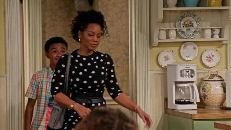 Cuisinart Coffee Maker in Family Reunion S03E01