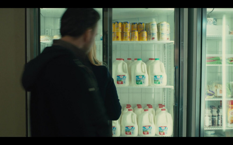 DairyPure Milk and Nestle Coffee-Mate in Mare of Easttown S01E02 Fathers (2021)