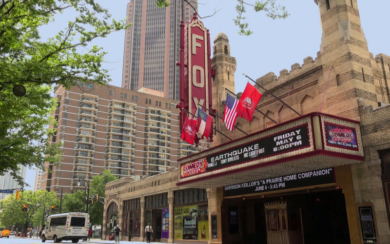Fox Theatre (Theatre in Atlanta, Georgia) in Dad Stop Embarrassing Me! S01E01 #BlackPeopleDontGoToTherapy (2021)