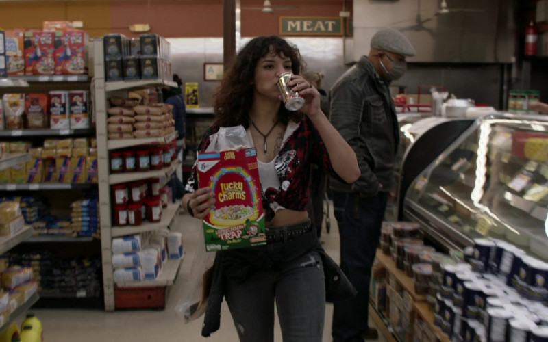 General Mills Lucky Charms Cereal in Shameless S11E11 The Fickle Lady is Calling it Quits (2021)
