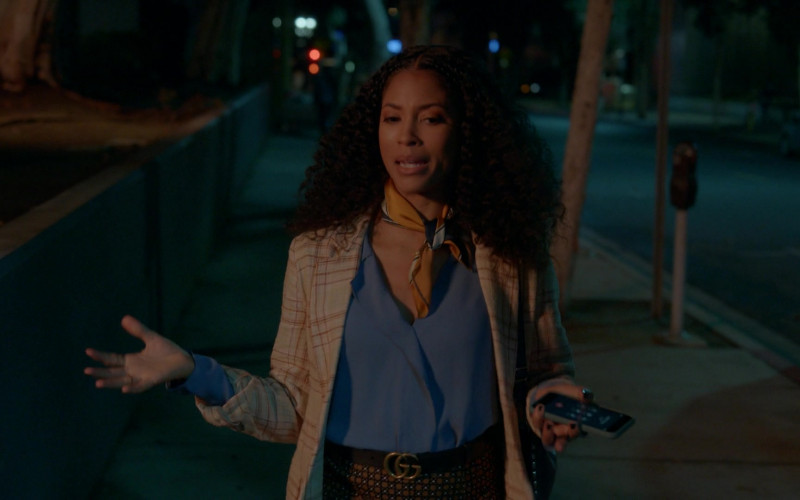 Gucci Belt of Lex Scott Davis as Cassidy in Rebel S01E01 (1)