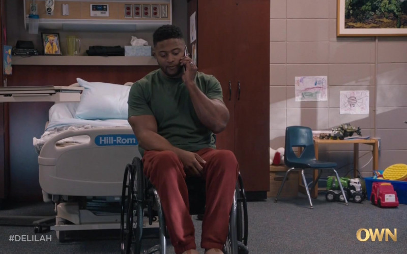 Hill Rom Bed in Delilah S01E05 No Good Deed (2021)