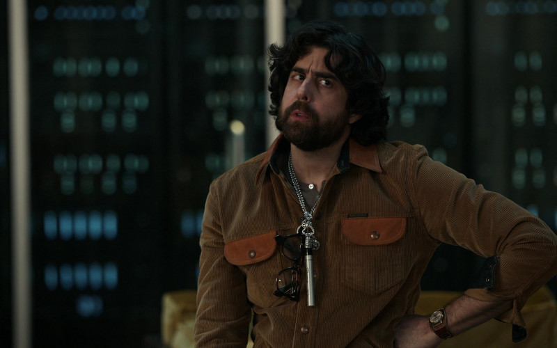 Indigofera Jacket and Sharpie Marker (around the neck) of Adam Goldberg as Harry Keshegian in The Equalizer S01E06