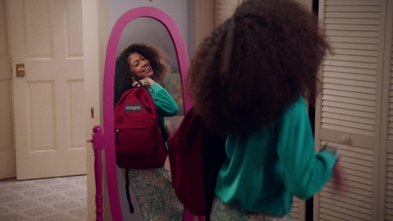 Jansport Red Backpack of Arica Himmel as Bow Johnson in Mixed-ish S02E09 TV Show 2021 (2)
