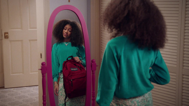 Jansport Red Backpack of Arica Himmel as Bow Johnson in Mixed-ish S02E09 TV Show 2021 (3)