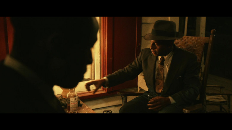 John Dewar & Sons White Label Scotch Whisky in Them S01E05 (2)